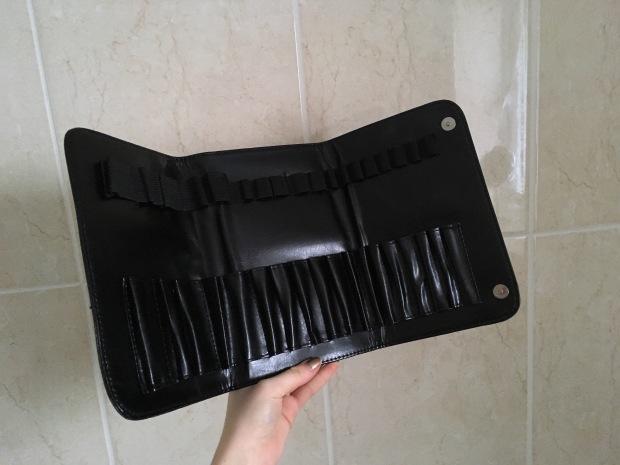 morphe hc18 18 slot makeup brush case